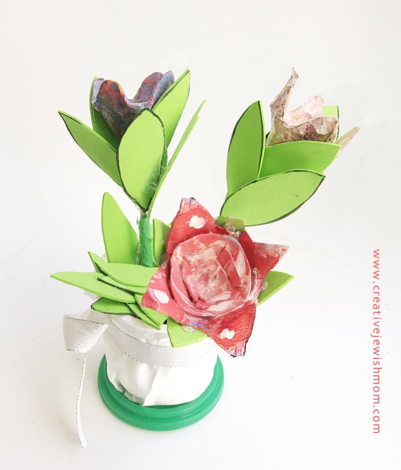 Egg carton flower bouquet craft for kids