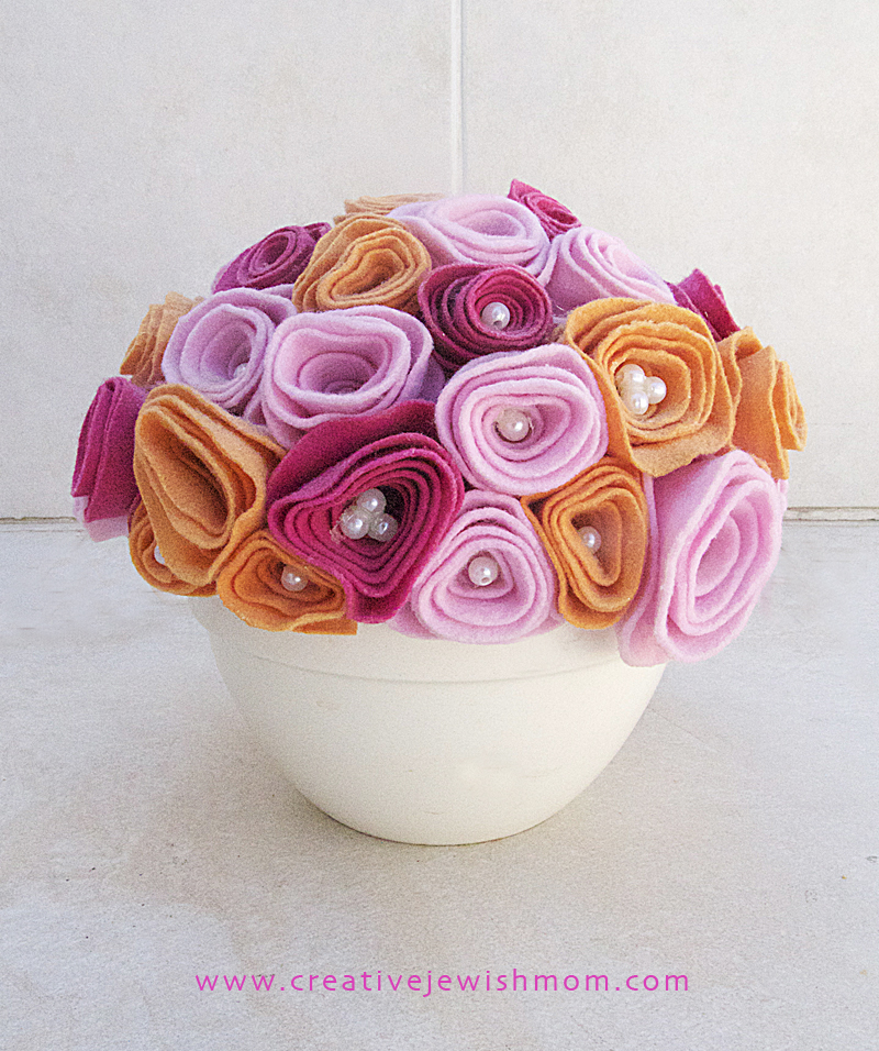 Felt Rosebud Bouquet In Bowl