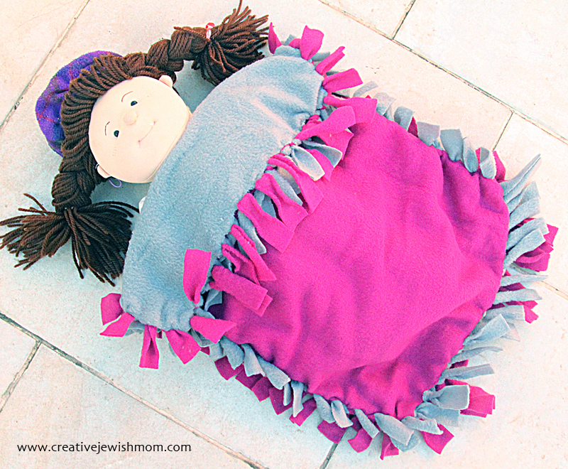 No Sew Fleece Doll Blanket how to