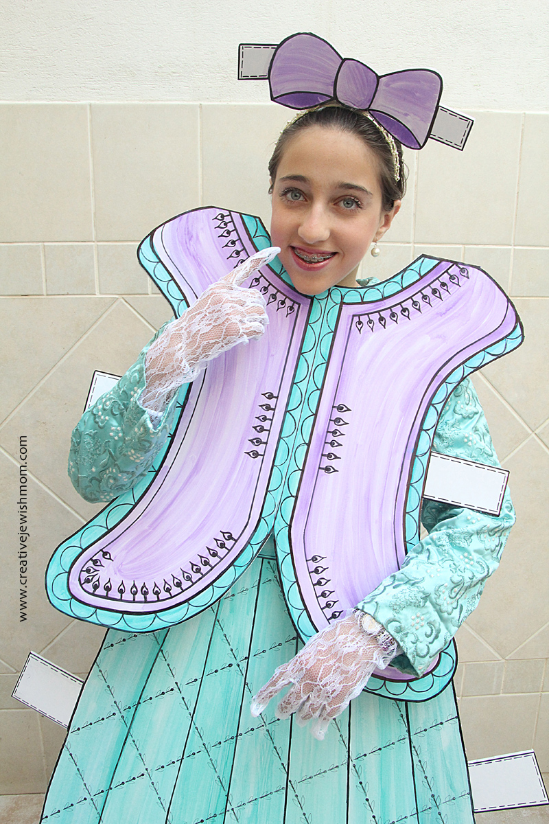 Paper Doll Costume Close Up