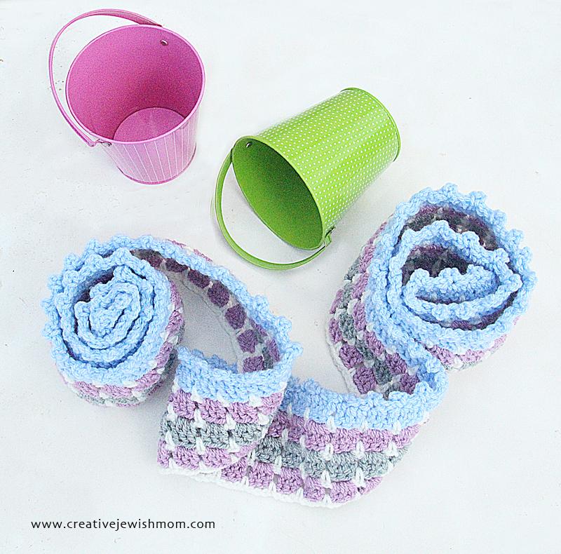 Crochet Double Crochet Mosaic With Ruffles