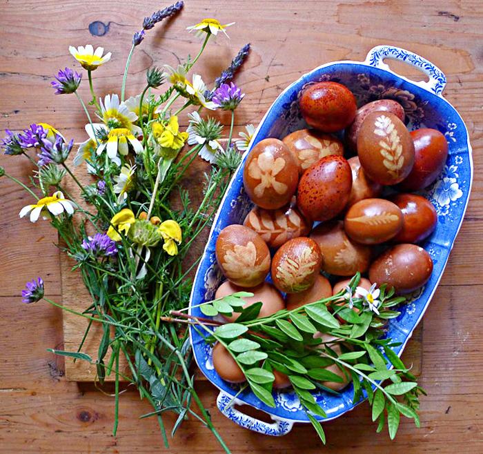 Huevos Haminados Decorated Eggs For Passover