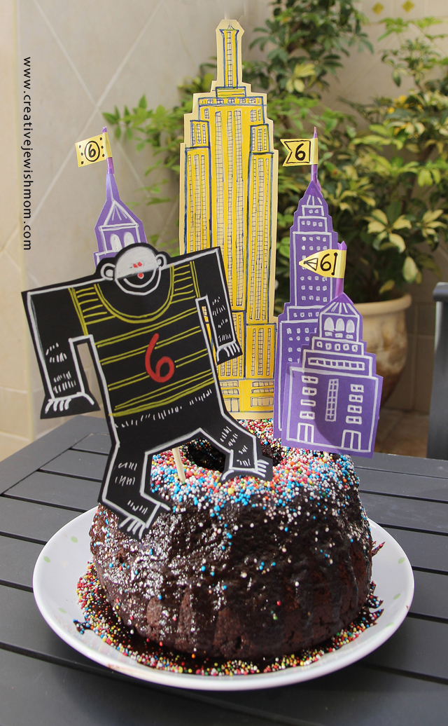 Birthday Cake Super Simple King Kong Empire State Building Theme