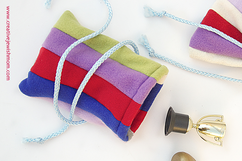 Fleece Pouch Scrap Stripes