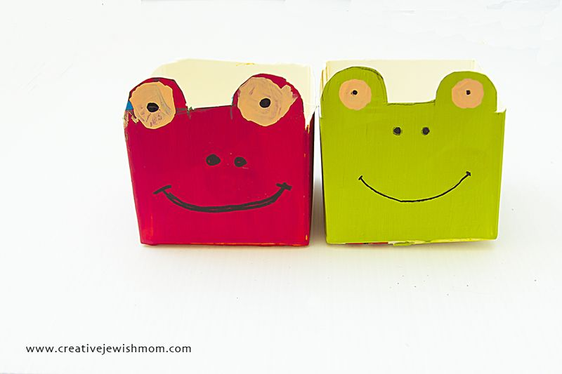 Frog Milk Carton Craft