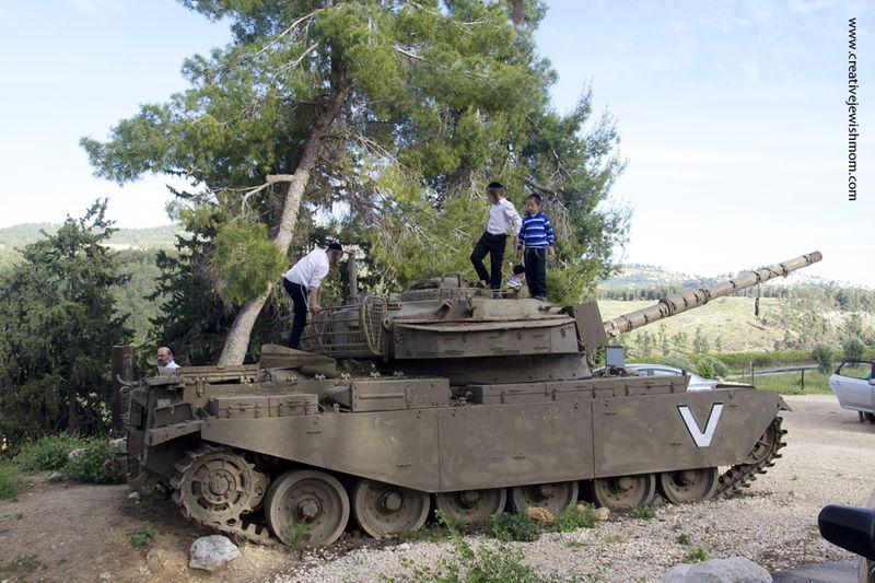 Kadita war Memorial park with tank