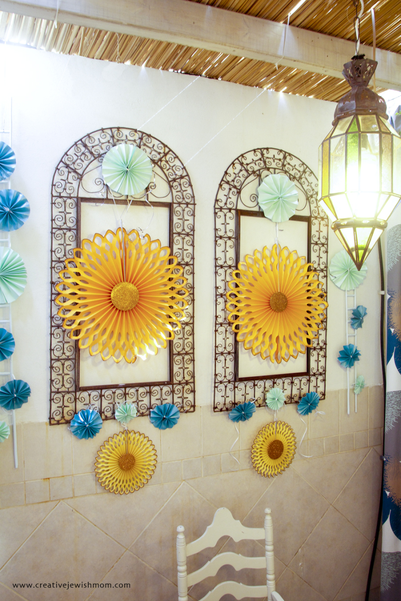 Succah Decorations With Moroccan frames 2016