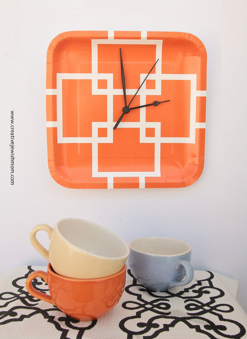 DIY Five Minute Paper Plate Clock
