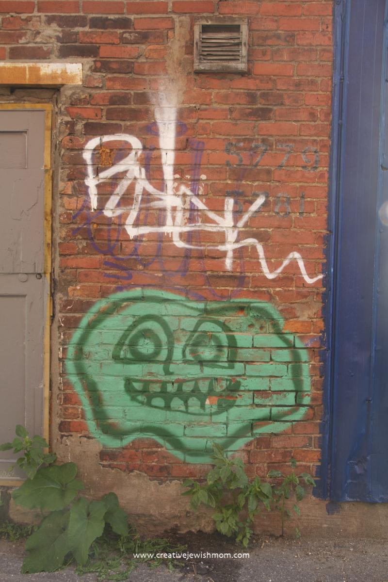 Montreal Mile End Neighborhood Graffiti