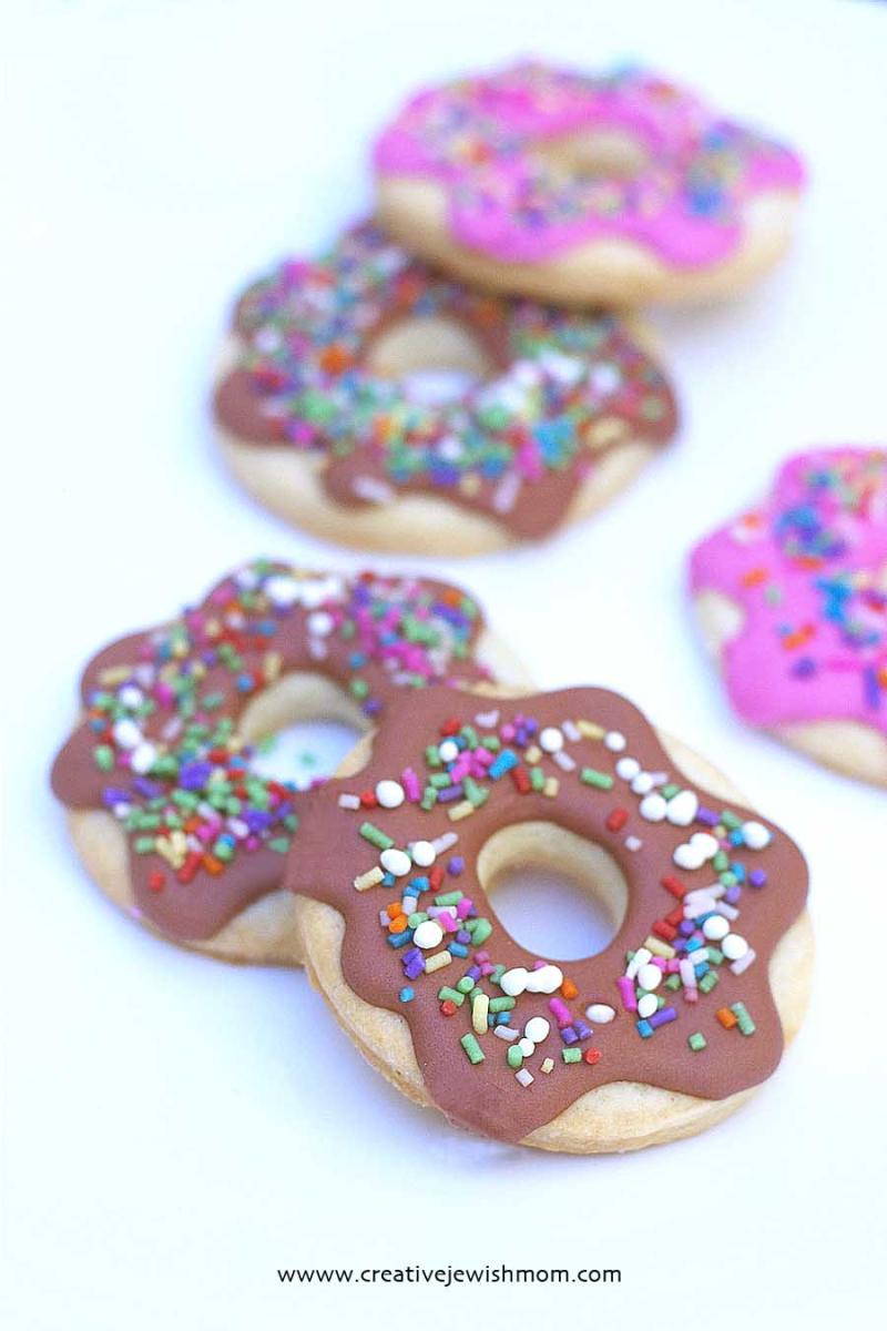 Royal Icing Simple Doughnut Cookies