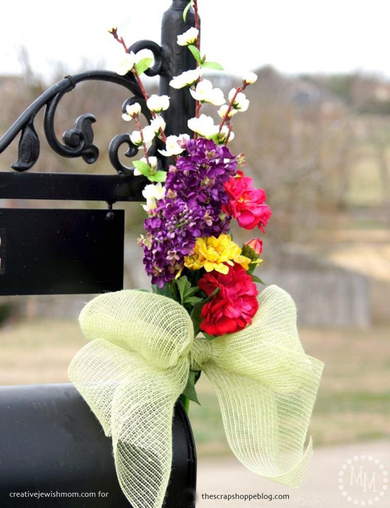 Floral-mailbox-decor-786x1024