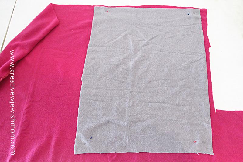 No Sew Fleece Blanket how to#1