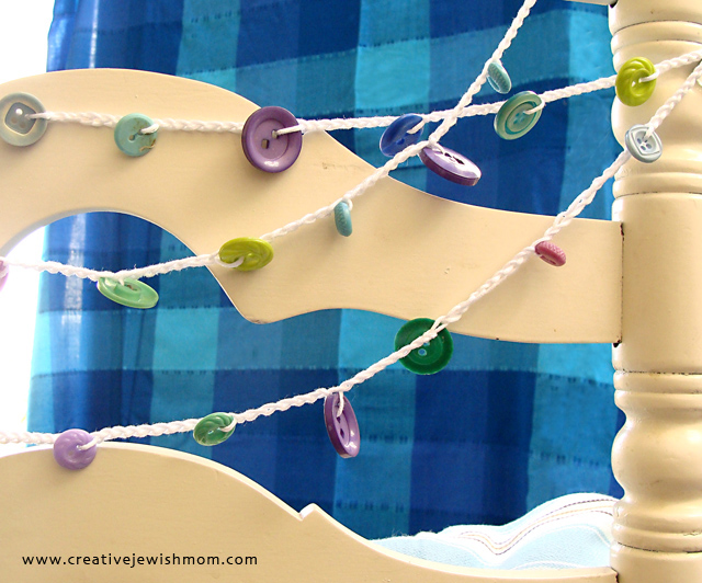 Crochet projects for hanukkah button garland