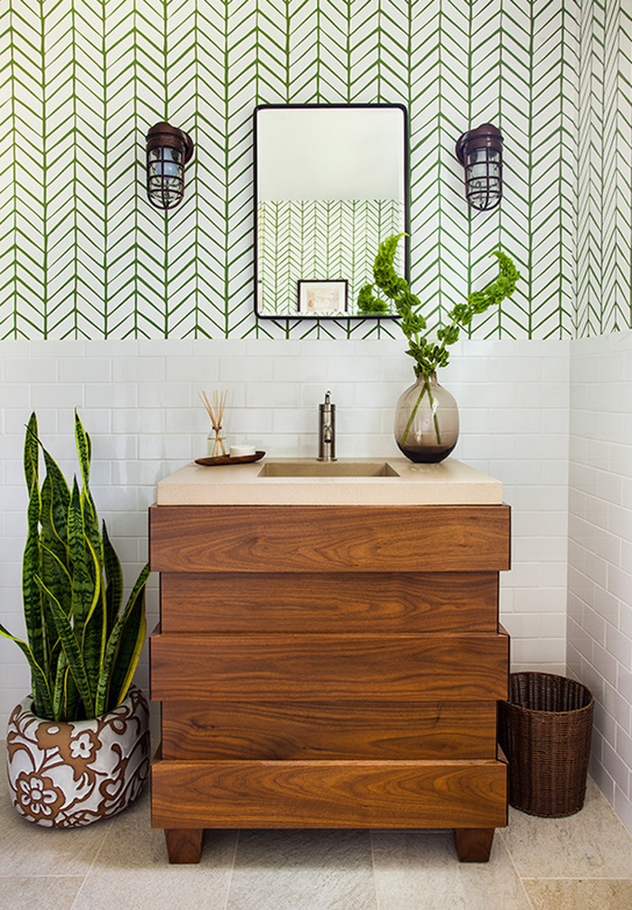 Plants As Party Decor Bathroom
