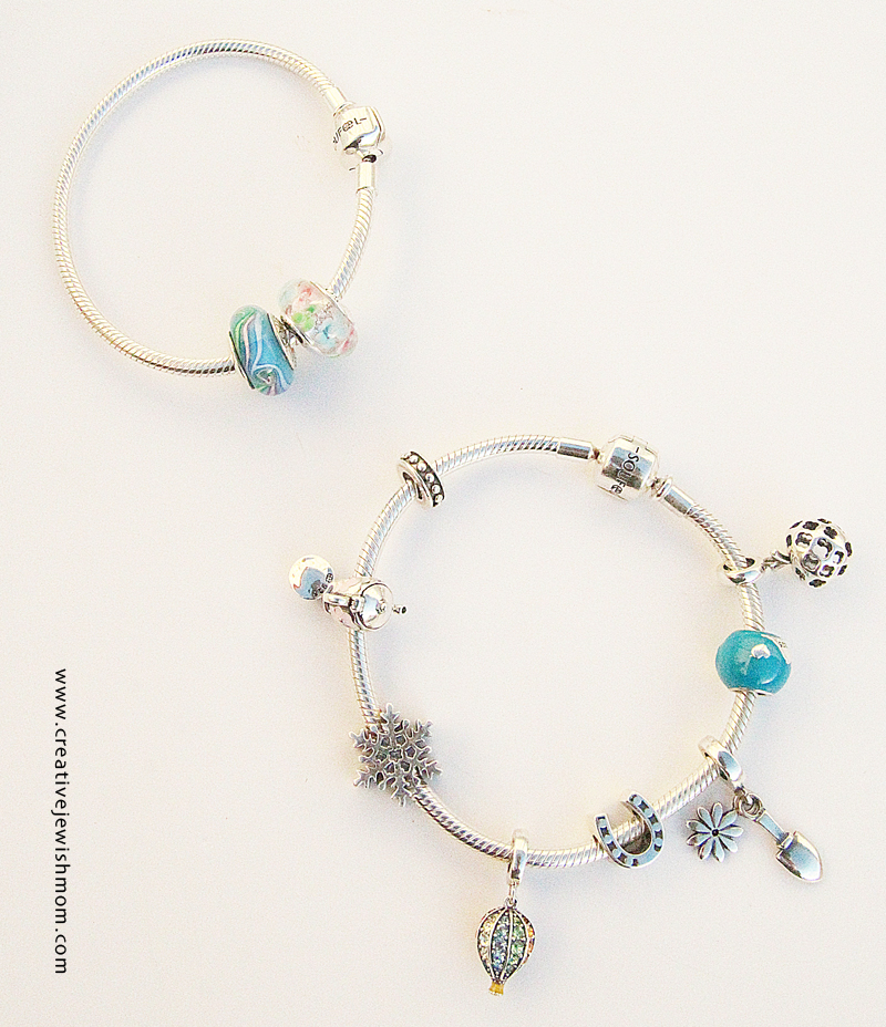 Charm bracelets in two sizes
