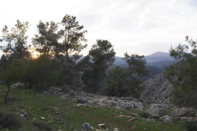 Ten Martyrs Grave Chutzpit HaMeturgamon setting sun
