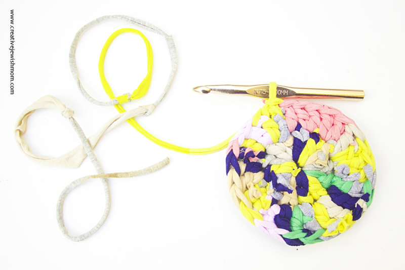 Crocheting With Scraps Or Ends