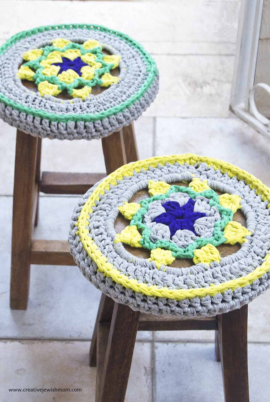 Crocheted T-Shirt Yarn Star Medallion Stool Cover Pattern - creative ...