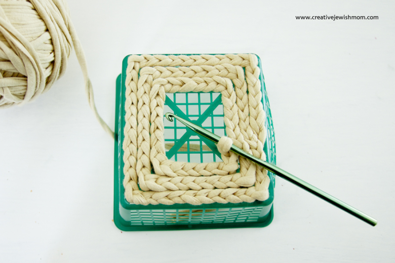Crocheting Over A Strawberry Basket How To Step 2
