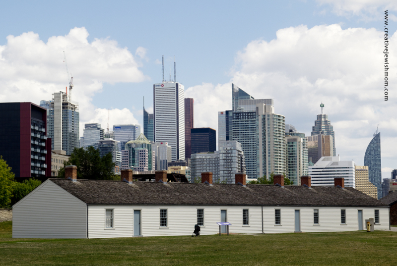 Fort York Toronto With City Skyline