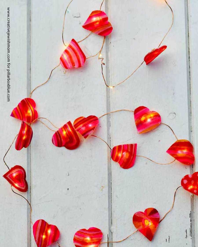 Shrink plastic hearts light garland