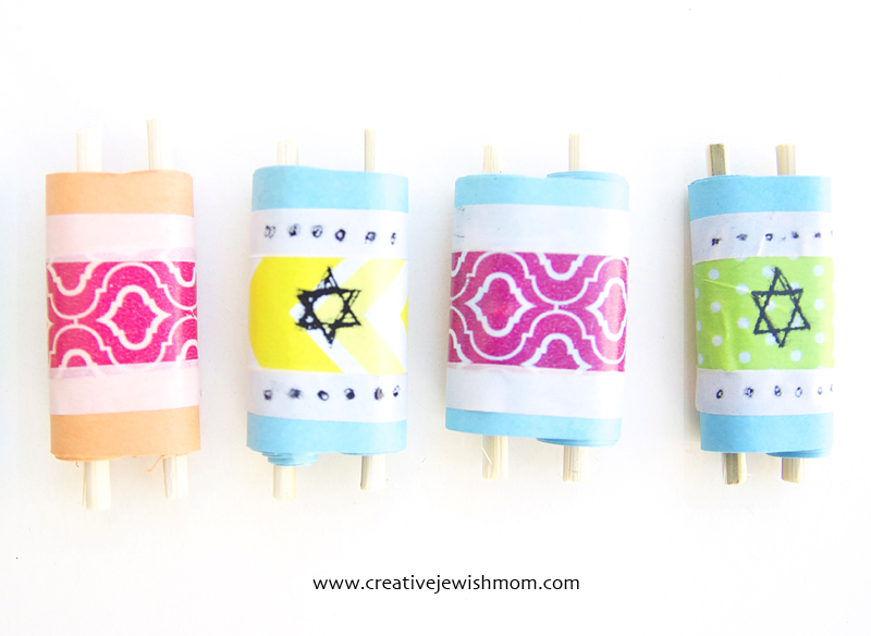 Torah scrolls craft