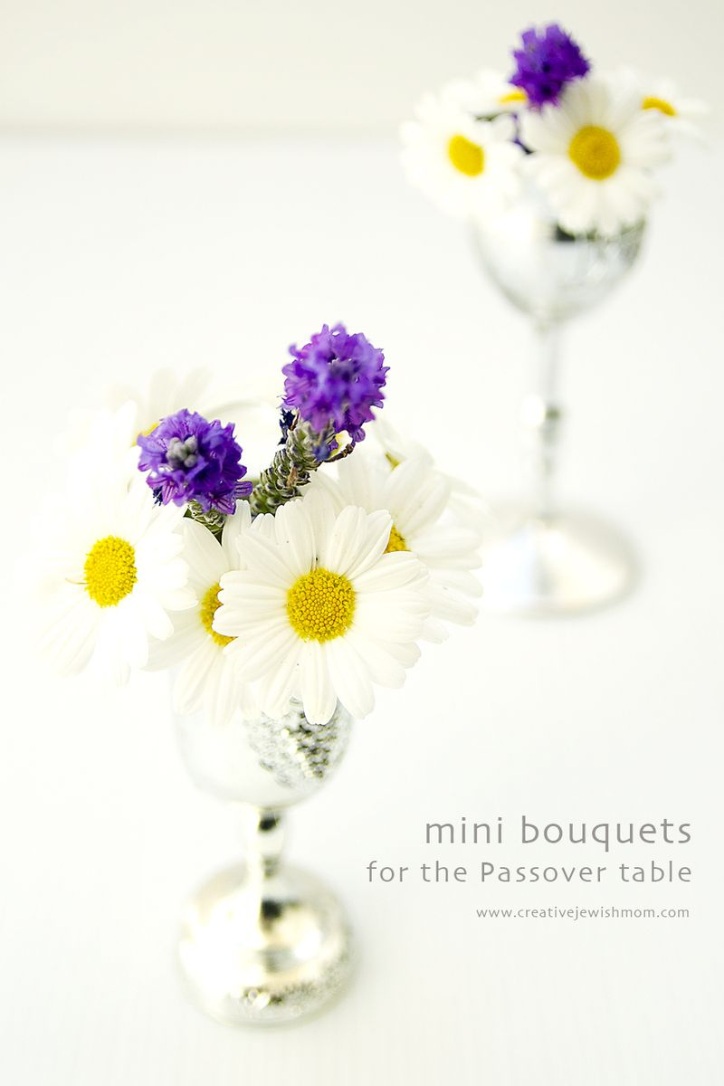 Passover Table mini wine glass bouquets