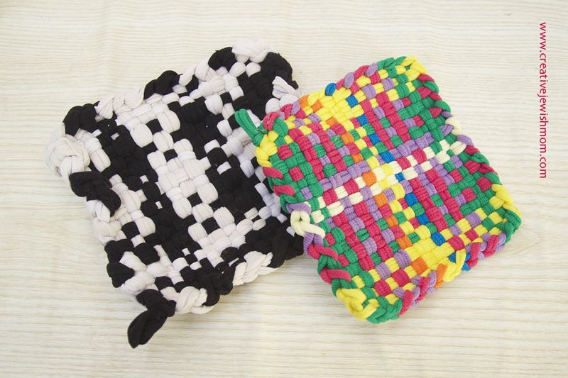 Loom Potholders From Loops You Can Make