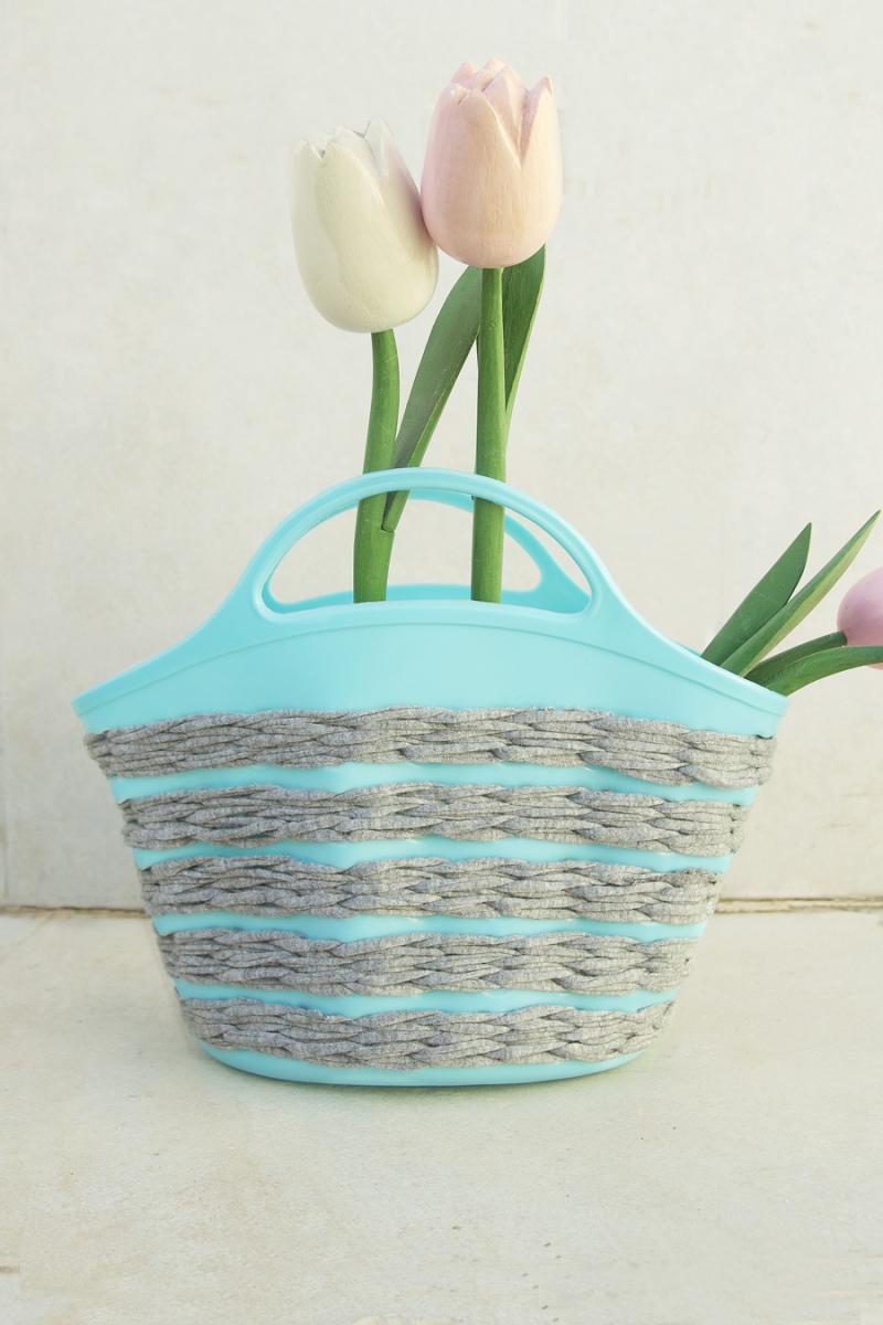Crocheted Spring Basket Using Plastic Base