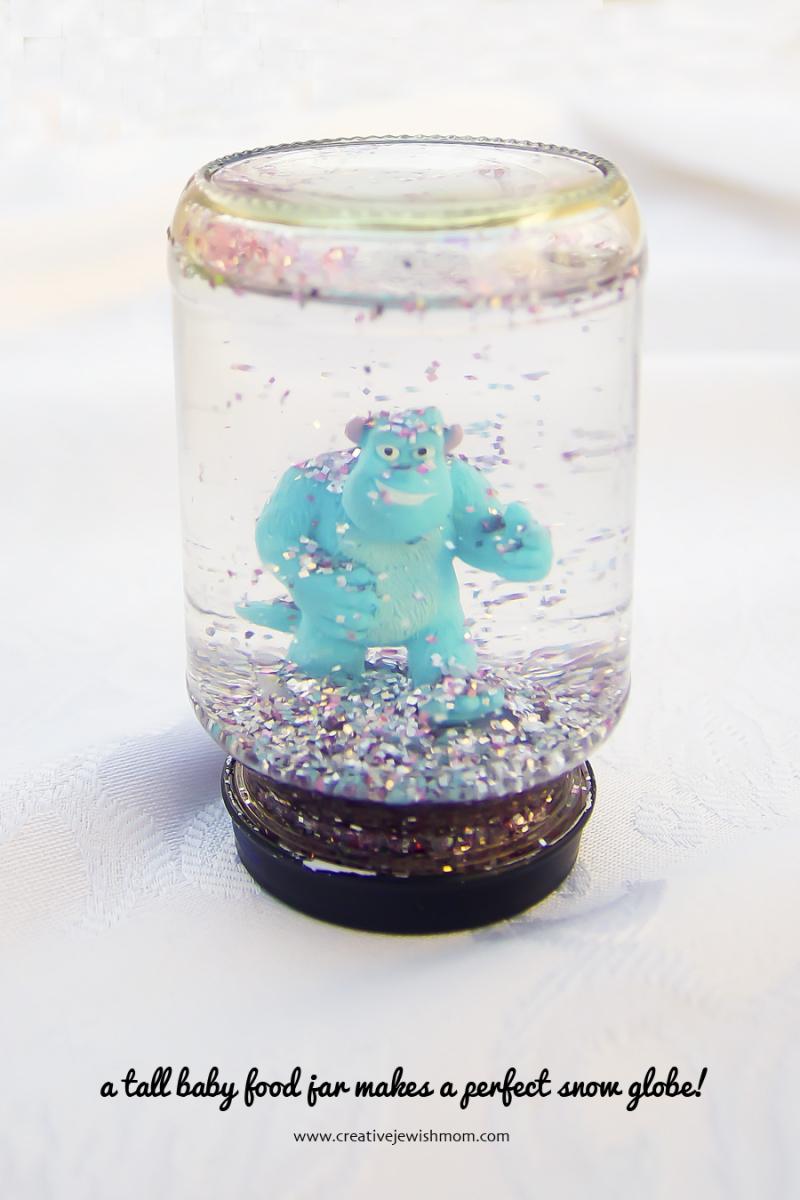 DIY baby food jar snow globe