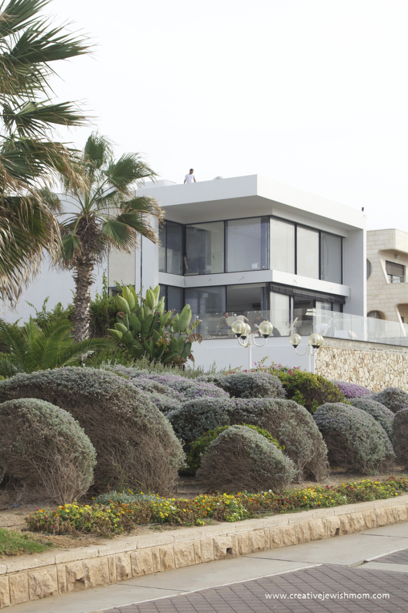 Nahariya New Modern House on water