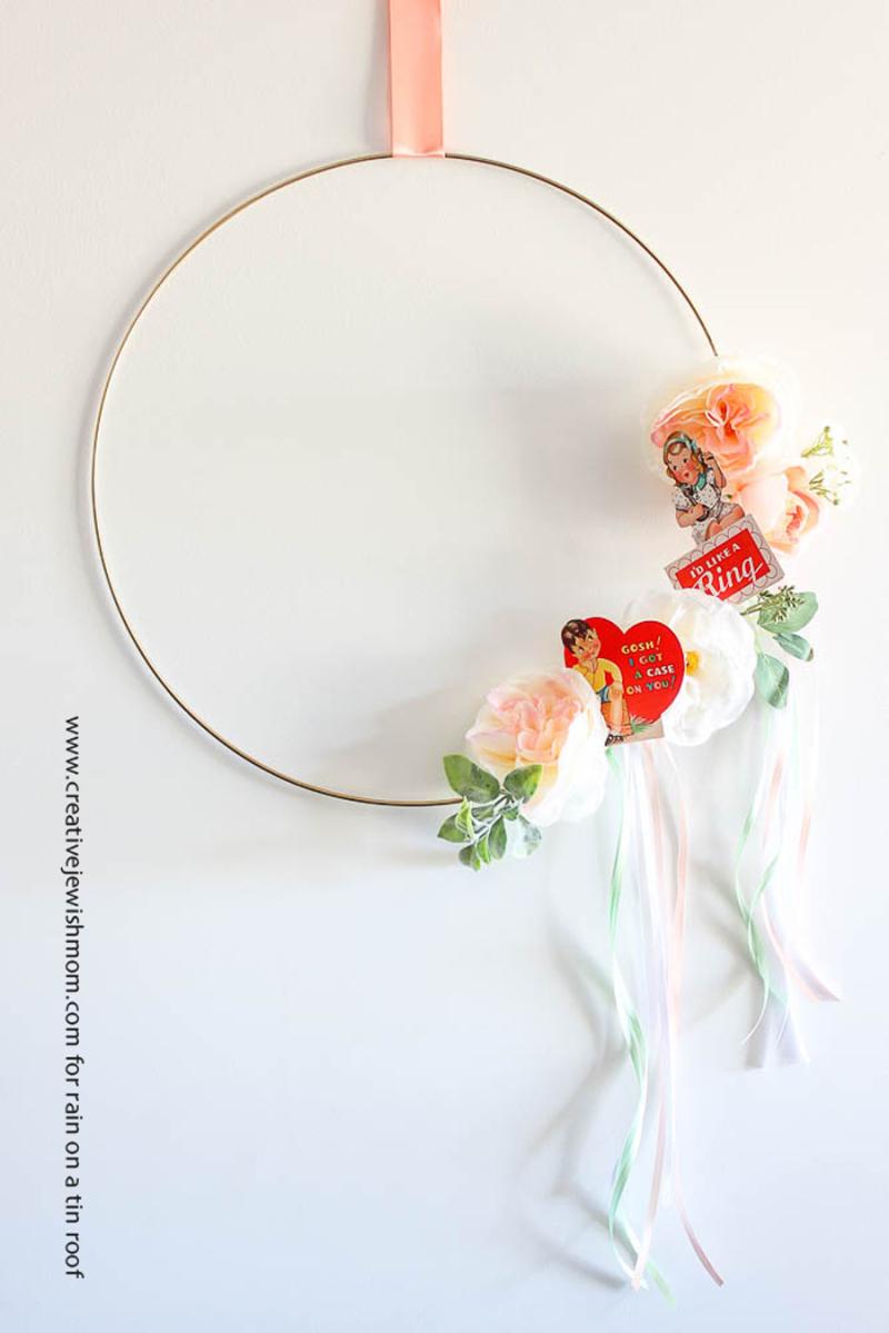 Simple valentines wreath with vintage valentines