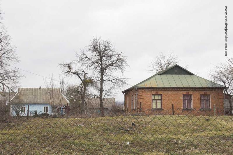 Ukranian architecture vernacular country brick home