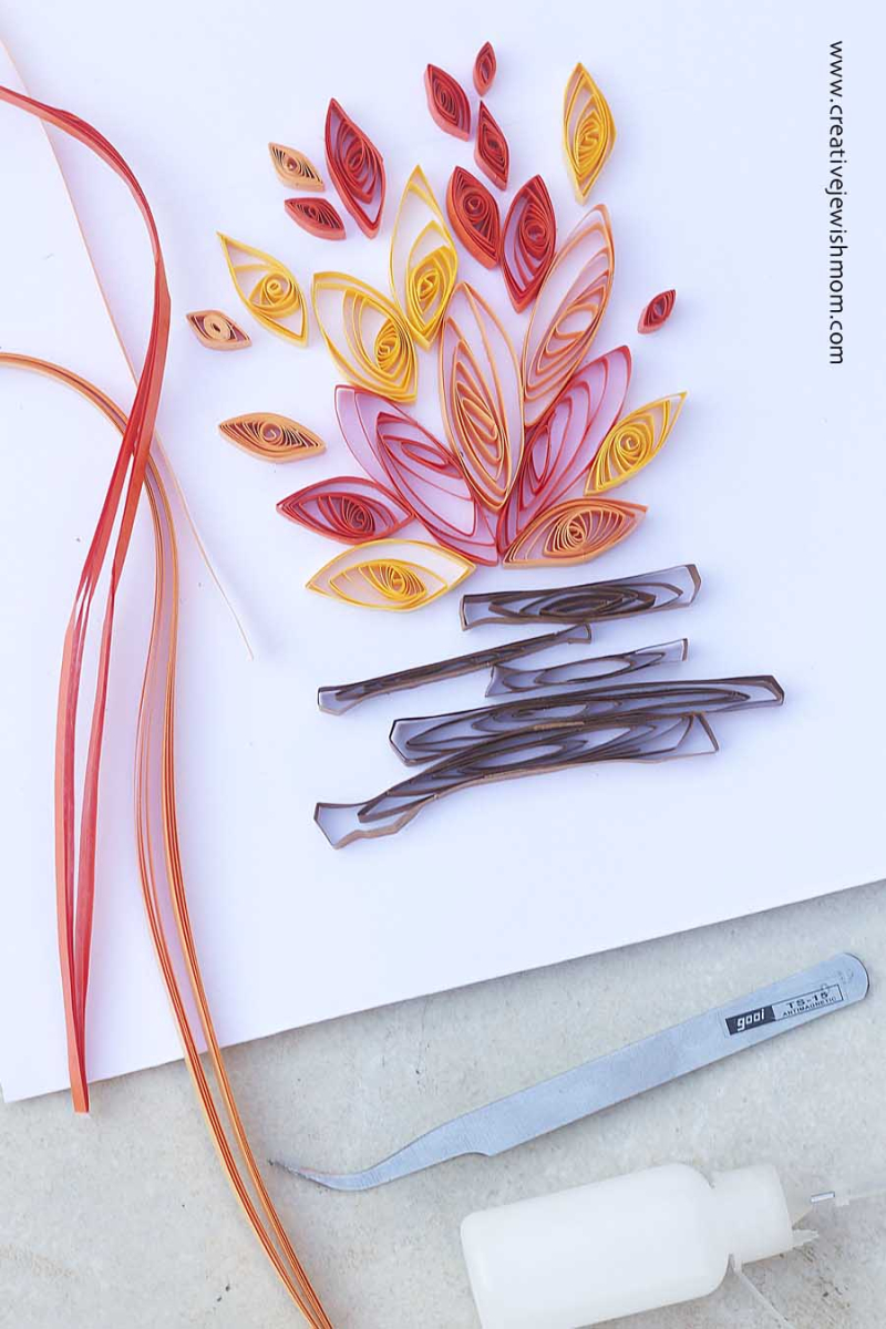 Quilled Paper Campfire Summer Craft