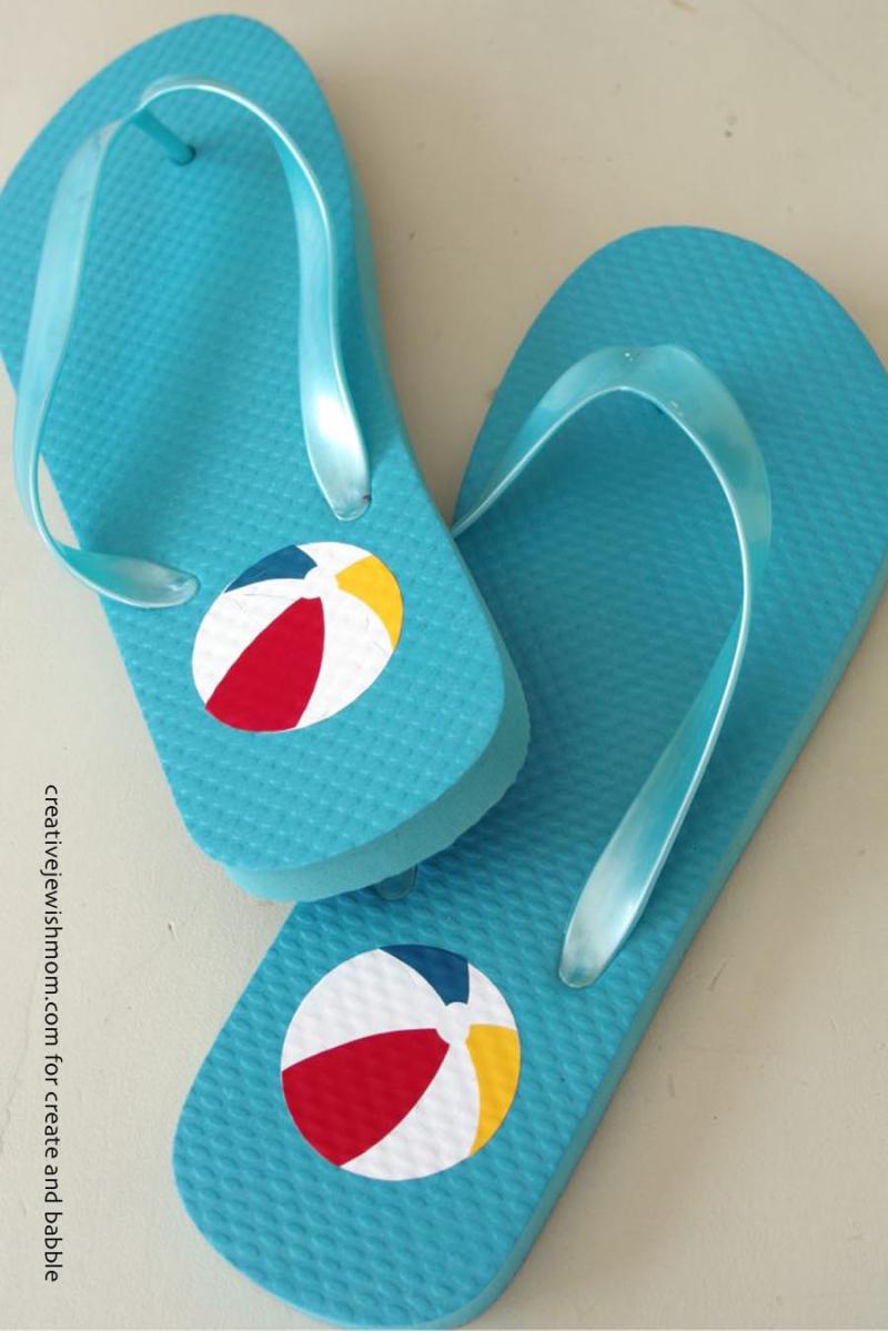 Flip-flops-with-vinyl-heat-transfer-beach-ball