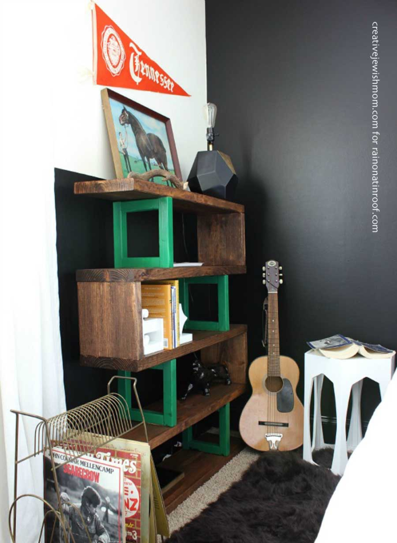 Diy-modern-rustic-bookshelf-with-zig-zag-shelves