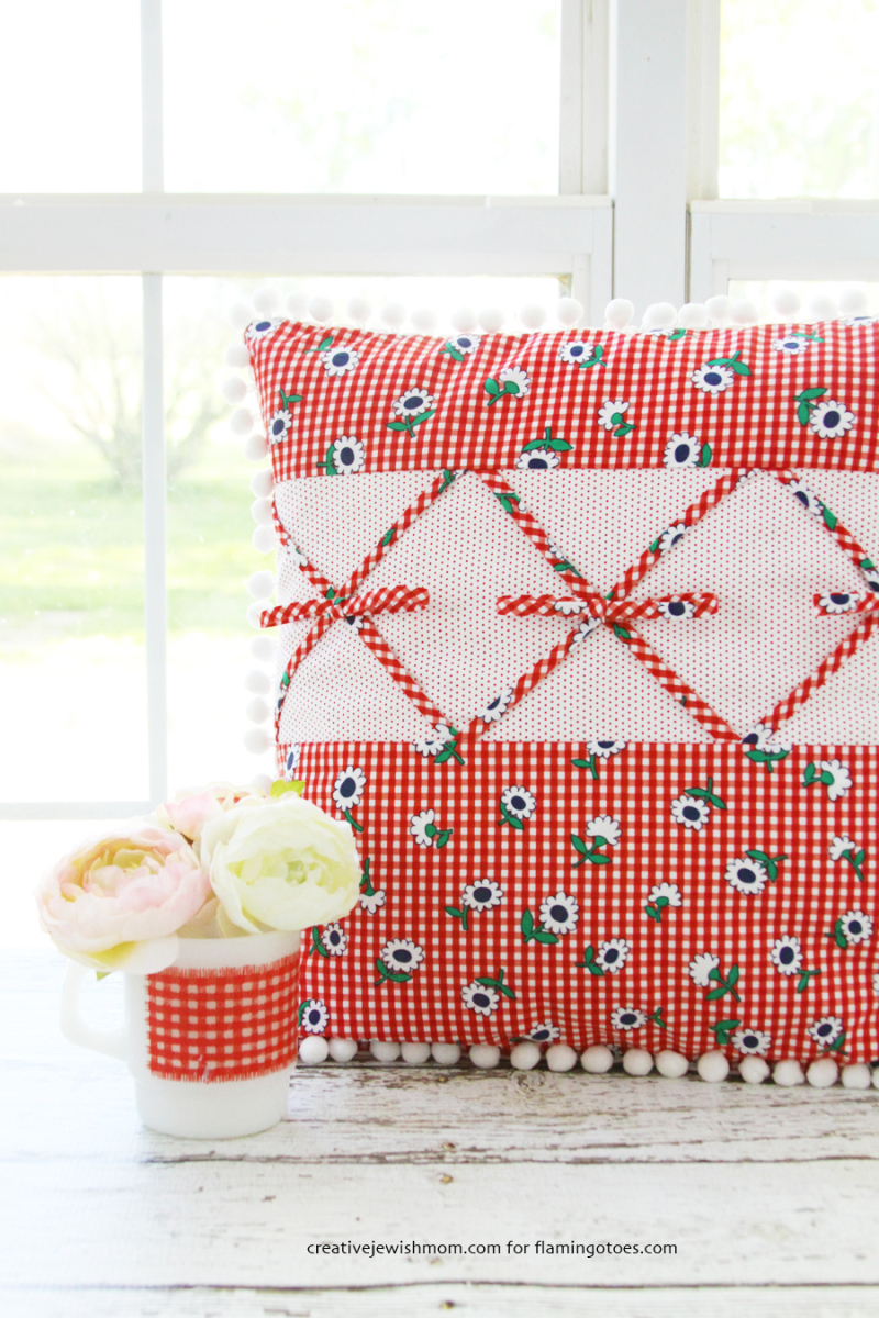 Retro-Gingham-Pillow-Tutorial