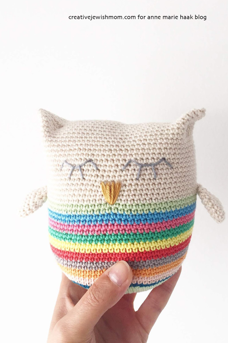 Crocheted-amigurumi-owl-with-stripes