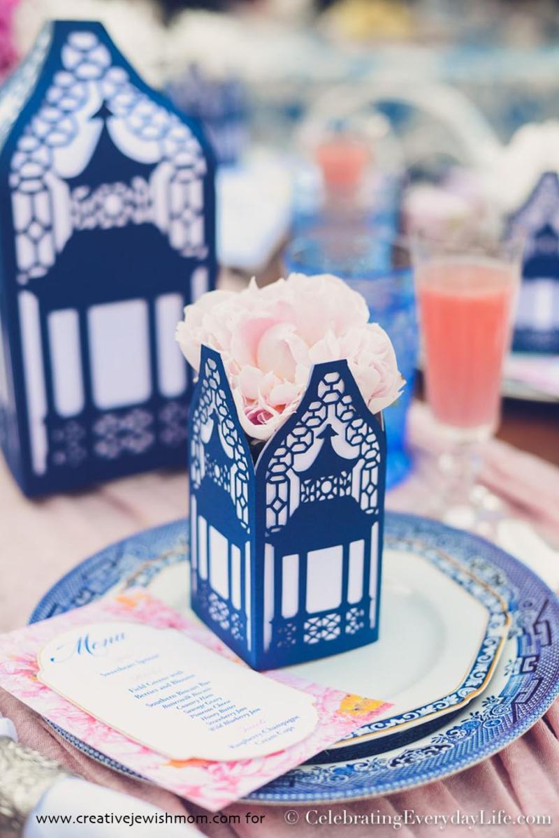 Bridal-Shower-Pergola-party-favor-box
