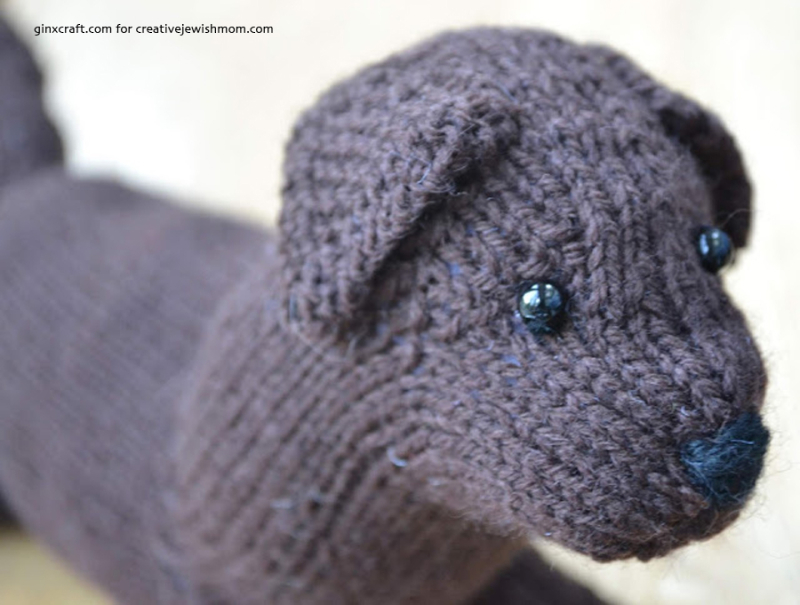 Knit-lab-puppy