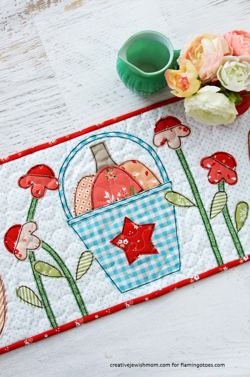 Quilted-Applique-Autumn-Table-Runner