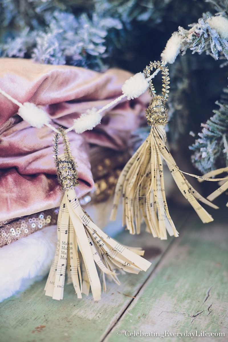How-to-Make-a-tassel-ornament-with-sheet-music
