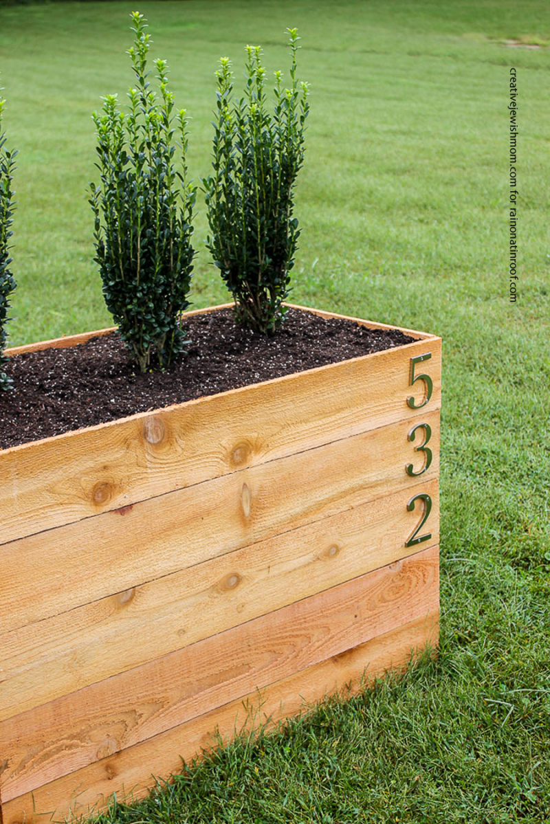 Diy-cedar-planter-box