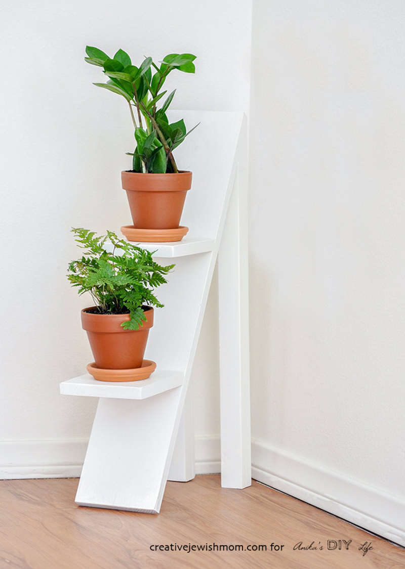 DIY-tiered-plant-stand