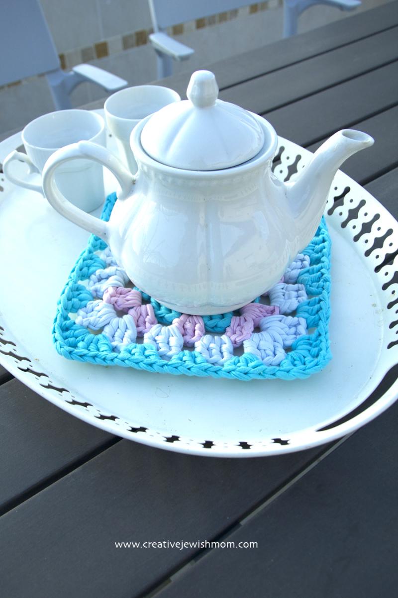 Granny square trivet t-shirt yarn
