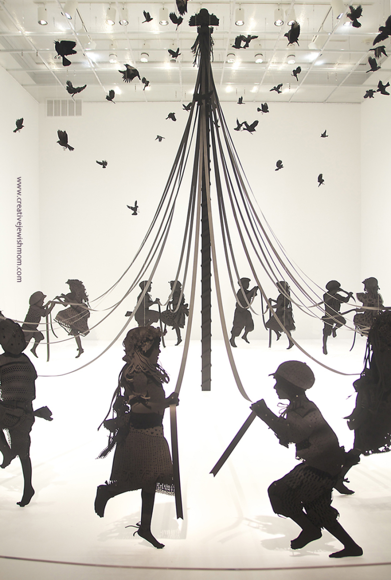 Kristi Malakoff paper sculpture