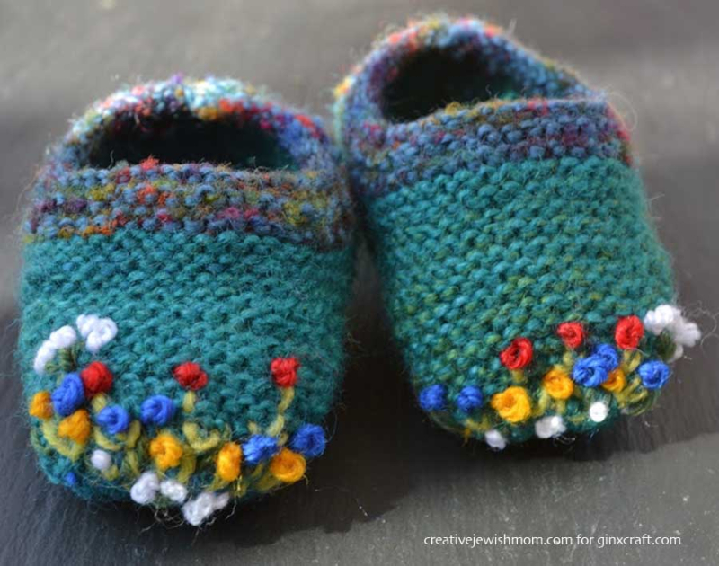 Knit-baby-bootie-with-simple-embroidered-flowers
