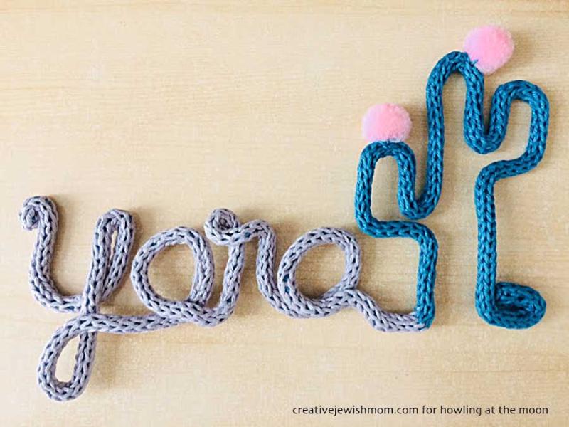Finger knitting name