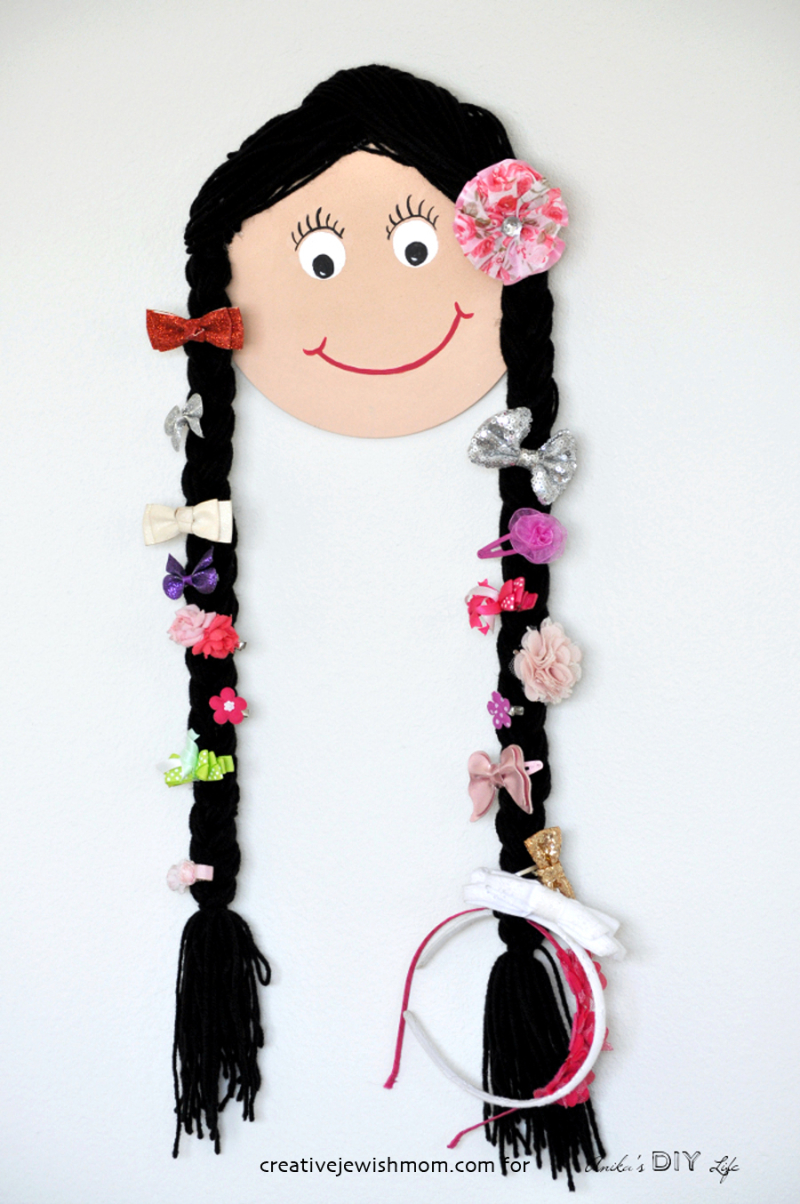 DIY-doll-face-bow-holder-for-little-girls