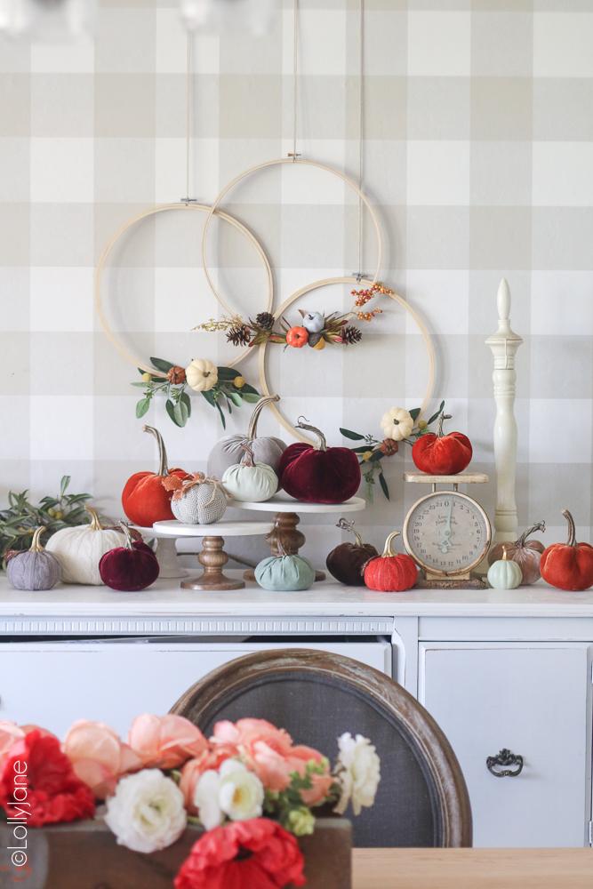 Diy-embroidery-hoop-fall-wreath-pumpkin